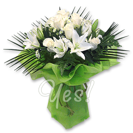 Bouquet of roses and  lilies decorated verdure